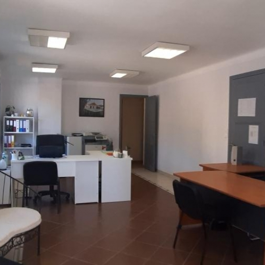 Annonces VALLEE DE LA CEZE : Local / Bureau | GOUDARGUES (30630) | 120.00m2 | 950 €